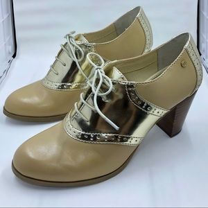 Gold and taupe oxford heels, Size 8, by GH. Bass